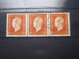 VEND BEAUX TIMBRES DE FRANCE N° 700 EN BANDE DE 3 , XX !!! (b) - 1944-45 Marianne De Dulac