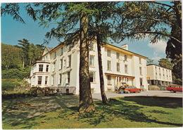 Llanberis: SIMCA 1307, FORD CORTINA 1600 SUPER ESTATE - The Royal Victoria Hotel - (Gwynedd, Wales) - Toerisme