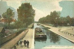 51  REIMS - VUE SUR LE CANAL (ref 4011) - Reims