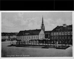 GOLDAP  Place Du Marché Et Monument - Pologne