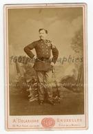 Cabinet-Portrait ,d'un Militaire Portant Des Décorations. - Fotos