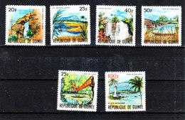 Guinea - 1966. Vedute: Cascata, Ponti, Faro. Views: Waterfall, Bridges (masonry And Rope), Lighthouse. MNH Complete Set - Fari