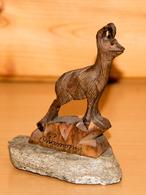 Art-antiquité_sculpture Bois_98_chamois Sur Rocher. - Wood