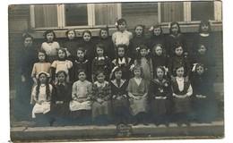 Carte Photo - Photo De Classe - Charleroi Nord III Filles - 1912 - 1ère - 2 Scans - Charleroi
