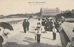 Biarritz Pittoresque - Sur La Jetée - Biarritz
