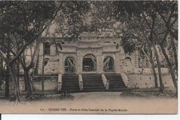 Quang-Yen-Porte Et Allée Centrale De La Pagode Royale - Vietnam