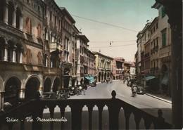 UDINE DETTAGLI DEL CENTRO VIA MERCATO VECCHIO ANIMATA - Udine