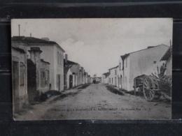 GX - 17 - Environs De La Rochelle - Bourgneuf - La Grande Rue - - La Rochelle