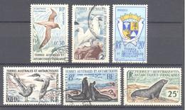 Terres Australes Et Antarctiques Françaises (TAAF) : Yvert N° 12/16°; Cote 28.00€; Voir Scan - Terres Australes Et Antarctiques Françaises (TAAF)