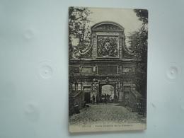 LILLE 1920 PORTE D'ENTREE  DE  LA CITADELLE   DOS DIVISE CIRCULEE  ETAT BON - Lille