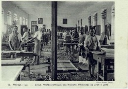 TOGO - ECOLE PROFESSIONNELLE DES MISSIONS AFRICAINES DE LYON A LOME - Togo
