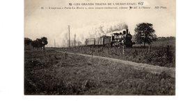Les Locomotives (Ouest-Etat)  L'express Paris- Le Havre Avec Wagon-restaurant Vitesse 70 Kil. à L'heure. - Trains