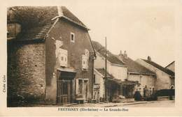 FRETIGNEY - La Grande Rue - France