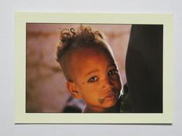 Carte Postale : NIGER : YOUSSOUF Après Sa Vacciation Au Dispensaire De Soeur Marthe, PUITS DE BERMO, Photo Raymond FAU - Niger