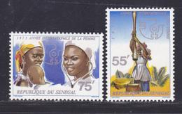 SENEGAL N°  417 & 418 ** MNH Neufs Sans Charnière, TB (D8180) Animaannée Internationale De La Femme -1975 - Sénégal (1960-...)