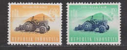 Indonesia Indonesie 388 + 390 MNH ; Tractor 1963 - Transportmiddelen