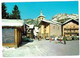 V3665 Saint Jacques (Aosta) - La Piazza - Auto Cars Voitures / Viaggiata 1972 - Italia