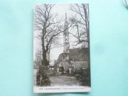 V10-24-29-finistere-landevennec-clocher Gothique Animee- - Landévennec