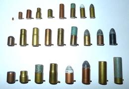 LOT DE 26 CARTOUCHES A BROCHE POUR COLLECTION - Armes Neutralisées
