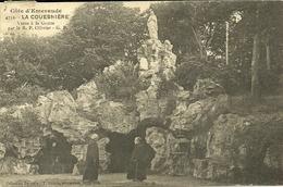 LA GOUESNIERE  -- Visite De La Grotte Par Par Le R. P. Ollivier             --G F 4752 - Autres Communes