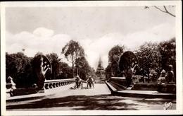 Cp Kambodscha, Angkor Penh, Le Pont Des Nagas - China