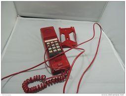 TELEFONO FISSO ROSSO DA MURO DA COLLEZIONE Vintage Modern Age - Telefonia