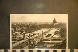 CP, 75, - PARIS , Pont Alexandre III Et Esplanade Des Invalides - Ponts
