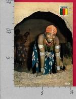 CARTOLINA VG CAMERUN - Jeune Fille Du Saré D'Oudjila - 10 X 15 - ANN. 198? - Camerun