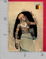 CARTOLINA VG CAMERUN - Jeune Fille Du Saré D'Oudjila - Seno Nudo - 10 X 15 - ANN. 198? - Camerun