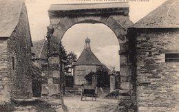 Bourg-des-Compte (35) -  Le Portail Du Manoir De La Rivière Chérelles. - Frankrijk
