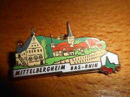 Pin's Des Plus Beaux Villages De France - PBVF - Mittelbergheim - Bas-Rhin - Cities