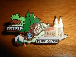 Pin's Des Plus Beaux Villages De France - PBVF - Saint Quirin - Moselle - Cities