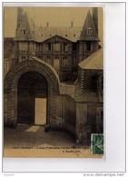 PONT L'EVEQUE - La Sous Préfecture - Ancien Hôtel De Brilly - Très Bon état - Pont-l'Evèque