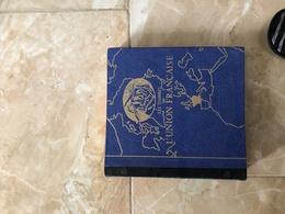 Album De Timbres De L'union Francaise - Timbres