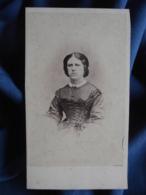 Photo CDV Warnod Au Hâvre - Second Empire, Beau Portrait Nuage Femme  Circa 1860 L416 - Oud (voor 1900)