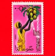SOMALIA - Usato - 1961 - Ragazze Per La Raccolta - Frutta - Papaia - 0.05 - Somalia (1960-...)