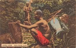 Sierra Leone - Ethnic / 04 - Native Morter Maker - Sierra Leone