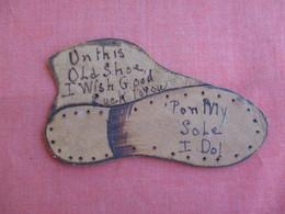 Leather---Shaped Like A Shoe  --ref 3127 - Postcards