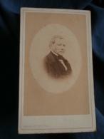 Photo CDV  Jacoby à Charleville  Portrait Homme âgé  Second Empire  CA 1865-70 - L416 - Photos
