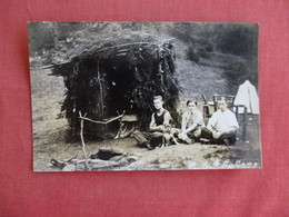RPPC  Early Camping  P.K.& C Camp  3 Men With Dog -ref 3127 - Postcards