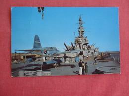 Battleship Alabama  With Seaplane On Deck Mobile Alabama  Ref 3127 - Oorlog