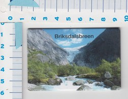 Magneet - Briksdalsbreen - Norway - Magnets