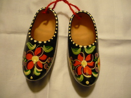 "Paar "" Holland-Schuhe "" Aus Ton Floral Bemalt  (730BW) - Sonstige"