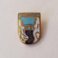 CROATIA CITY VRBOVSKO  COAT OF ARMS  INSIGNE BROCHE PIN BADGE DISTINTIVO - Cities