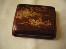 Chinesische Holzschatulle Mit Perlmutt-Intarsien  (741BW) - Asiatische Kunst
