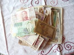 A Vendre Lot De 150 Billets Tous Pays  1 Centime  D'Euro Le Billet Comme Prix De Départ  ( 2 Photos) - Billets