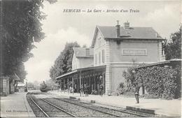 Beau Lot De 60 Cartes Postales Anciennes Diverses (gares, Marchés, Villages, Aviation ...) Prix De Départ 1 Euro !!! - 5 - 99 Postcards