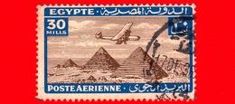 EGITTO - Usato - 1933 - Aereo Che Vola Sopra Le Piramidi Di Giza - 30 P. Aerea - Poste Aérienne