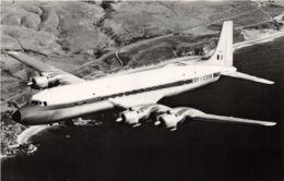 FAB - Douglas DC6 - Matériel