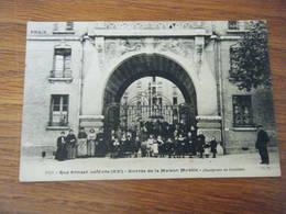 Paris Rue Ernest Lefevre Entrée De La Maison Modèle - France